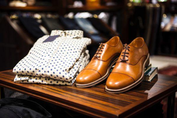 シャツと靴